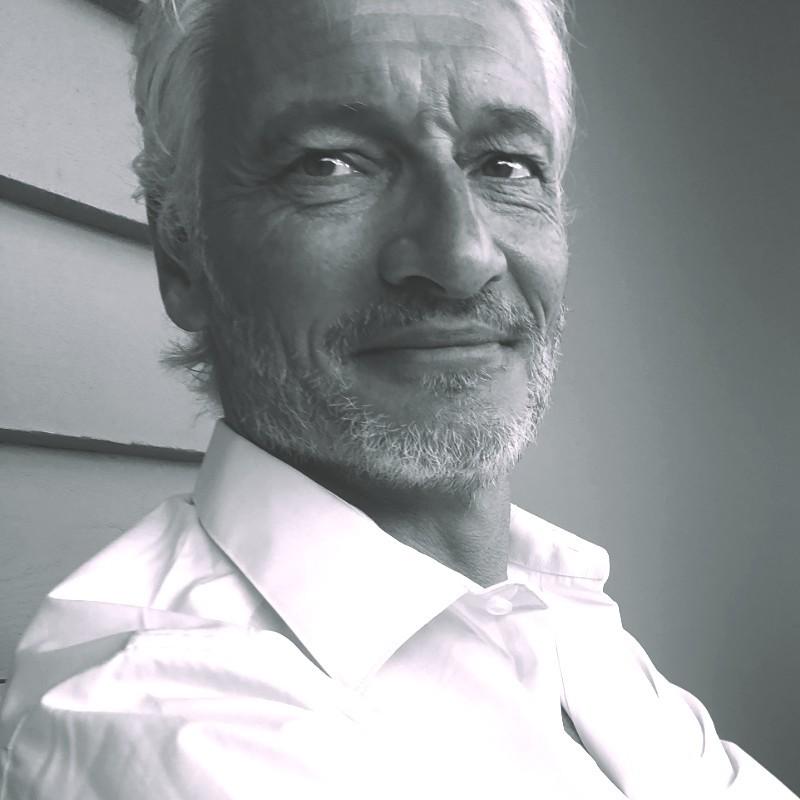 Prof. Dirk De ridder